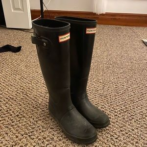 HUNTER Knee-high Boots - Size 7